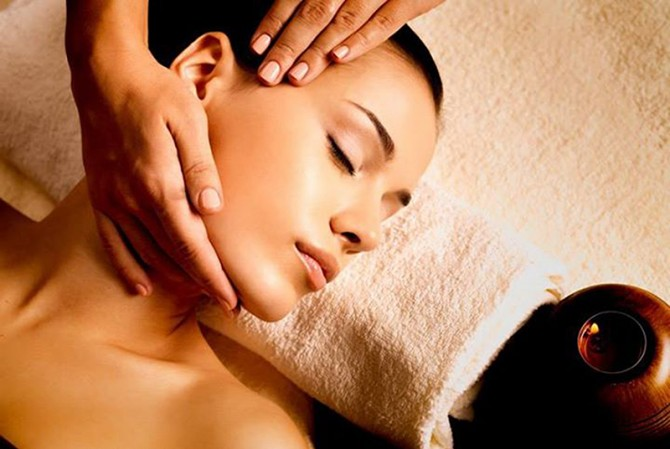 Promozione Febbraio: il massaggio terapeutico al viso per donna e uomo!