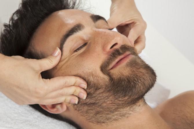 Il massaggio terapeutico al viso per donna e uomo!